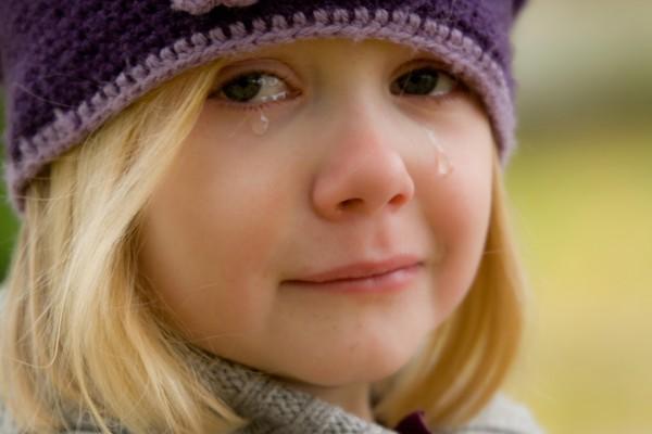 乱暴で暴れる子供を注意しないママ友!その後不倫で失踪